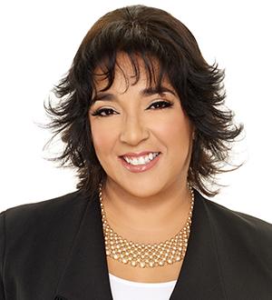 Photo of Cynthia Santos